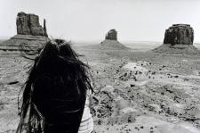 Fille indienne à Monument Valley, Arizona (40x50)